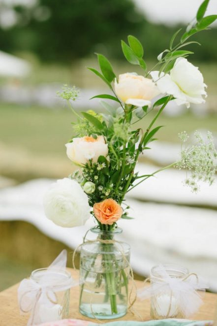 Peach-and-Mint-Wedding-at-Heifer-Ranch-16-of-41-600x901