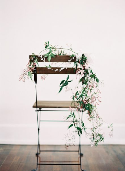 chair_floral_diy_wedding_001